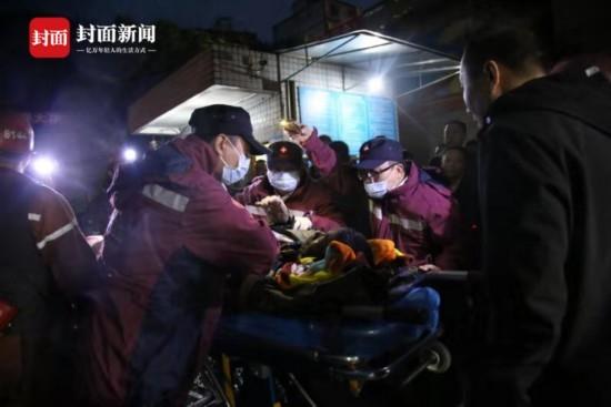 四川古藺煤礦頂板垮塌 7人被困5人遇難 1人仍在全力搜救中