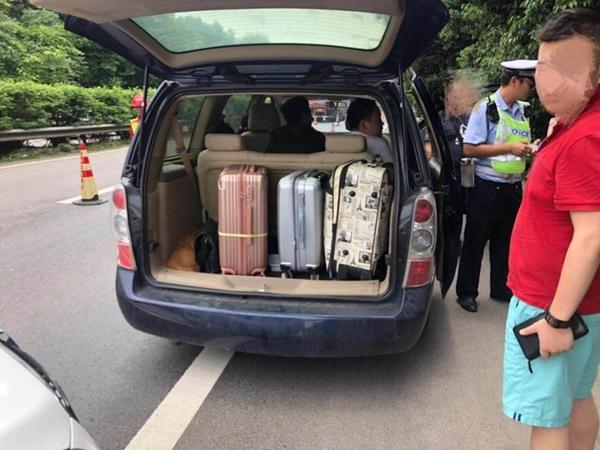 成雅高速超员违法引出偷逃通行费案 司机被判入狱8个月