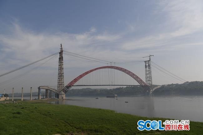 四川规模最大渡改桥迎节点,40万人往来将轮渡变通途