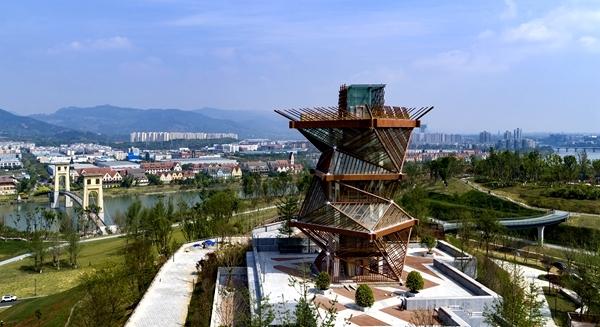 """成都又新增一网红打卡地,高23.9米的""""竹立方""""观景平台来了!"""