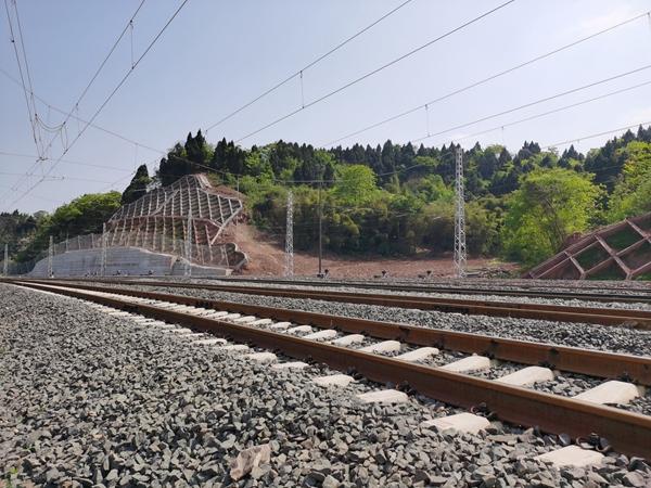 成都这条铁路专线通过竣工验收,它专为天府机场送航油
